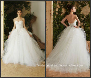Strapless Flora Bridal Ball Gown Tulle Custom Made Wedding Dress H847 pictures & photos