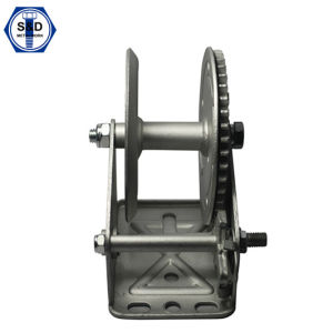 Good Quality Small Hand Winch 700lbs pictures & photos