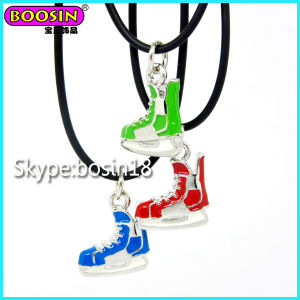 Cheap Metal Alloy Custom Enamel Skate Charm Necklace pictures & photos