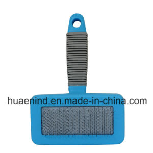 Pet Grooming Arcuated Back Pet Brush Pet Product pictures & photos