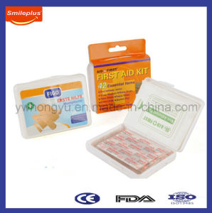 Mini Plastic First Aid Box for Promotion Sale pictures & photos