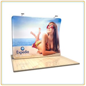 Vertically Curvy Textile Display Banner Stand (10FT) pictures & photos