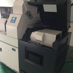 Bsh325 5 Axis High Precision Swiss Lathe Machine / Swiss Turn pictures & photos