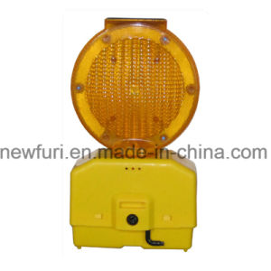 Barricade Barrier Solar Traffic Warning Light pictures & photos