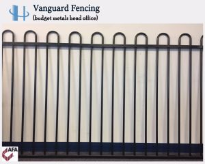 Powder Coated Steel Loop Top Panel Fencing pictures & photos