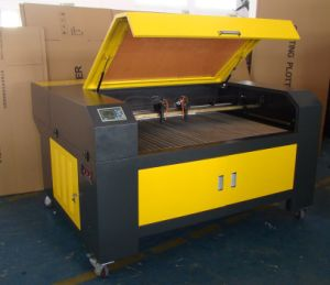 CO2 Laser Engraving Cutting Machine Looking for Agents pictures & photos