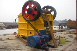 High Efficency Gypsum Rock Crusher (200T/D) pictures & photos