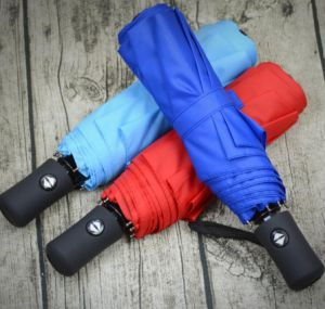 High Quality Auto Open and Close 3 Folding Umbrella for Business Man pictures & photos
