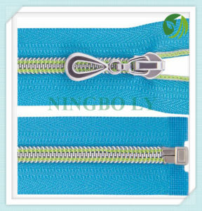 Automatic Lock Nylon Zipper 3# 4# 5# #7 8# pictures & photos