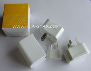 World Travel Adaptor for Christmas Gifts, Valentine′s Gifts pictures & photos