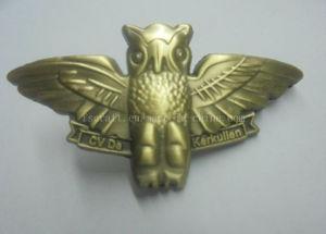 Antique Gold 3D Pin Badges/ Metal Badges/ Metal Pins pictures & photos