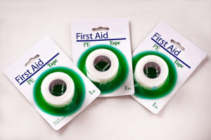 Disposable Adhesive Surgical PE Tape with Ce, FDA Approved pictures & photos