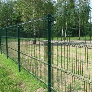 Factory Price Green Color PVC Coated Road Welded Fence pictures & photos