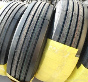 Tube&Tubeless Radial Tyre 9.5r17.5 295/75r22.5, Truck Tyre with Best Price pictures & photos
