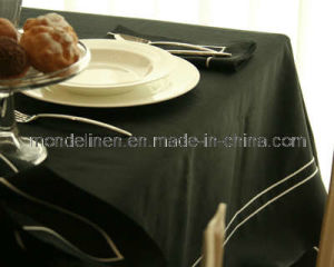 Round Embroidery Table Cloth (TC-012)