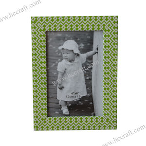 Colorful Plastic Funia Photo Frame for Home Deco pictures & photos
