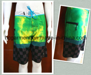 Beach Wear Quickly Dry Strip Polyester Board Shorts for Man pictures & photos