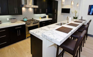 Marble Color Carrara White Quartz Stone Countertop, Quartz Slab, Quartz Tile Sparkle Quartz Stone Countertops Artificial pictures & photos
