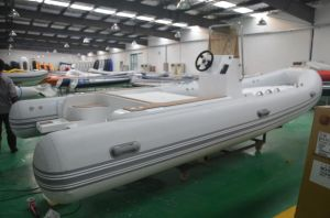 Rigid Inflatable Boat with Hypalon Tube pictures & photos