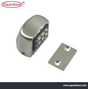 Zinc Alloy Magnetic Door Catch (302303A) pictures & photos