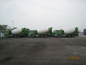 Sinotruk HOWO 14cbm Concrete Mixer Truck pictures & photos