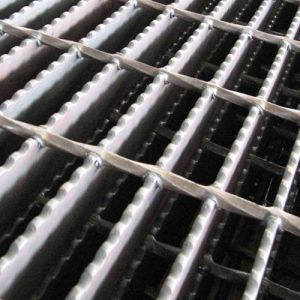 Serrated Loading Bar Steel Grid pictures & photos