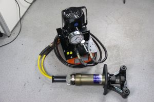 Handheld 32mm Hydraulic Rebar Bender/Straightener pictures & photos