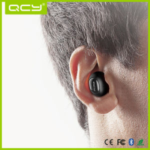 China Wholesale Silicone Earphones Long Distance Bluetooth Wireless Ear pictures & photos