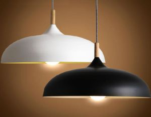 Aluminum Pendant Lamp with Wood Decorative (WHP-024) pictures & photos