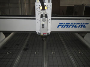 Strong Structure! CNC Advertising Engraving Router pictures & photos
