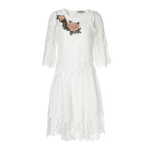 White Hollow Floral Lace Hemline Pleated Top & Skirt Co-Ord Dress pictures & photos
