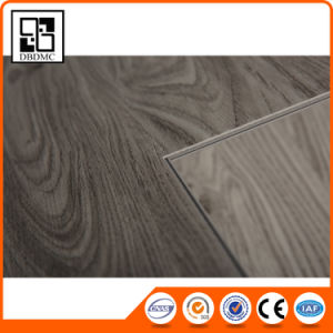 Factory Price Outstanding Durability Wood Grain PVC Vinyl Flooring pictures & photos