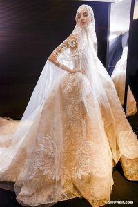 Very Beautiful A Line Ivory Sweetheart Low Back Floor Length Sweep Train Lace Tulle Kleinfeld Wedding Dresses (MN1334)