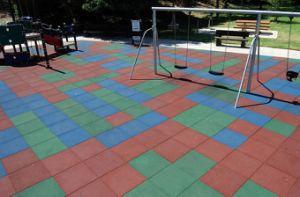 Kindergarten Rubber Mat, Playground Rubber Tile, Anti-Fatigue Mat pictures & photos