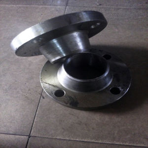 Welding Neck Carbon Stee Flanges pictures & photos