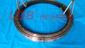 Excavator Tadano Tr250m-4Φ 5 Swing Circle, Slewing Ring, Slewing Bearing pictures & photos