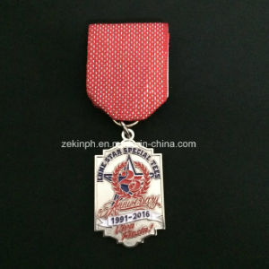 Customized Metal Medals with Ribbons for Recognition pictures & photos