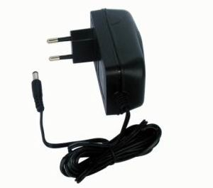 30W Power Supply/ Desktop/ Adaptor/Adapter/ SPS/ Plug-in/ Wall-Mount/EU pictures & photos