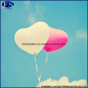 2017 Wholesale China Wedding / Party Congratulations Heart Shaped Latex Balloon pictures & photos