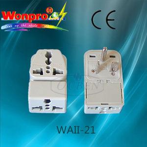 Universal Travel Adaptor WAII-21 (Socket, Plug) pictures & photos