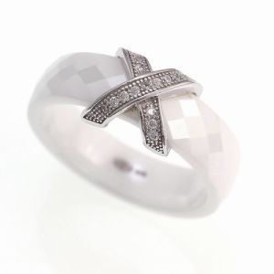 Ceramic and Silver Jewelry Ring (R20008) pictures & photos
