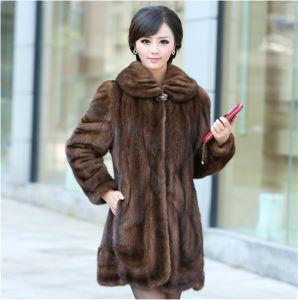 2015 Fashion Luxurious Medium-Long Mink Fur Coat Qyx-C6 pictures & photos