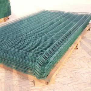 Low Price Hot-DIP Galvanized Welded Mesh Fence pictures & photos
