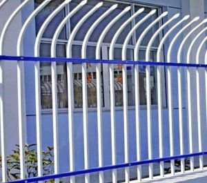 Decorative High Quality Wrought Iron Security Fence pictures & photos
