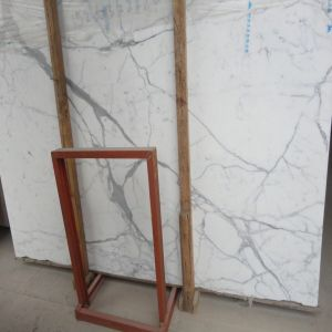Cheap Price Imported Polished White Calcutta White Marble Slab pictures & photos