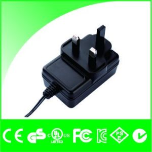 Ce UL FCC Certificated 12V 2A 24W Switching Power Supply pictures & photos