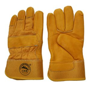 Cow Skin Industrial Safety Winter Warm Driver Labor Working Gloves pictures & photos