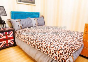 100% Polyester Coral Fleece Blanket - Leopard Print pictures & photos