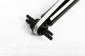 Nissane24/25 Shock Absorber with ISO9001 Certificate pictures & photos