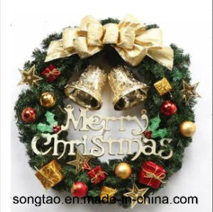Hot Sale Colorful Holiday Decoration Artificial Christmas Wreath pictures & photos
